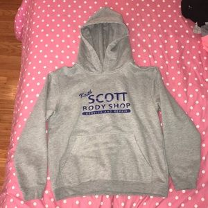 Sweatshirt from one tree hill